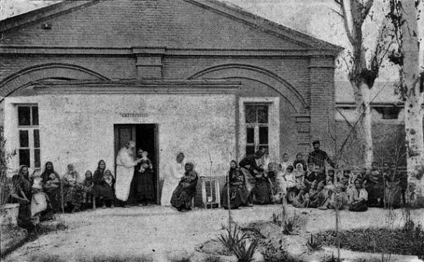 Женщины-врачи в Туркестанском крае