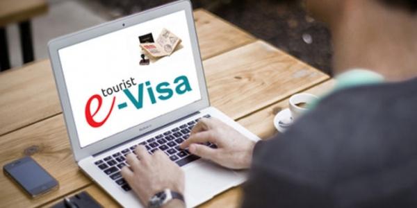 Для зарубежных туристов Узбекистан планирует ввести электронные визы
