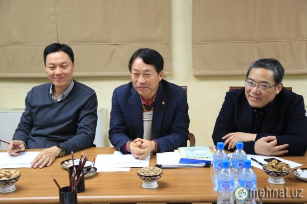 Разрешение на работу в Корее можно будет получить уже в первой половине 2018 года