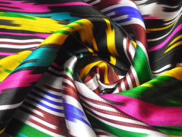 Президент Узбекистана вновь озаботился развитием шелковой отрасли