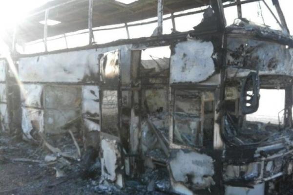ФВВ: Қозоғистонда ёниб кетган автобус йўловчилари — Ўзбекистон фуқаролари