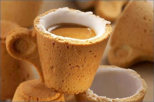 Когда на улице ненастье, и неохота выходить, то чашка кофе - просто счастье, и это счастье можно пить!
