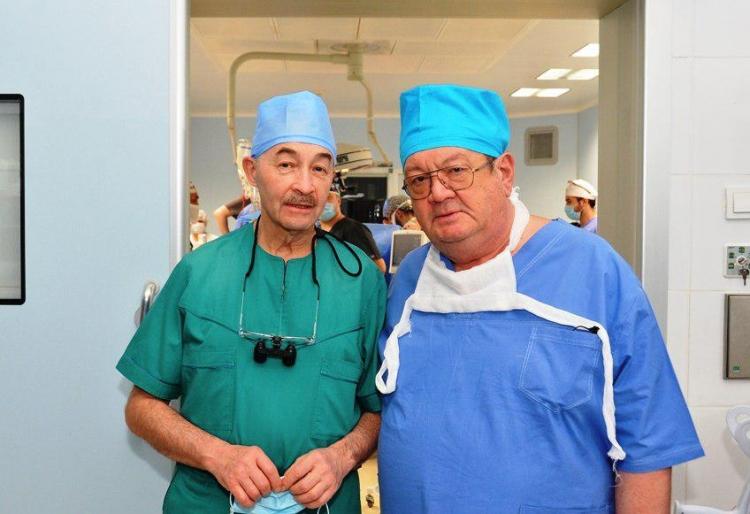 В Узбекистане впервые провели трансплантацию печени