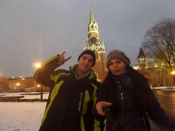Супруги Бушаевы доехали из Ташкента до Рима и обратно на «Кобальте»