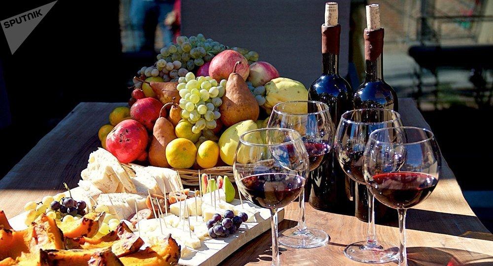 Натуральные узбекские вина станут сельхозпродукцией