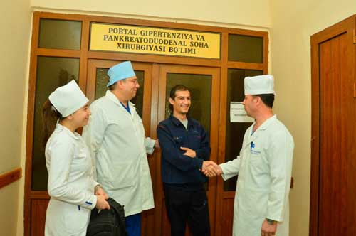 Трансплантация печени в Узбекистане: первый пациент поправился и выписан домой