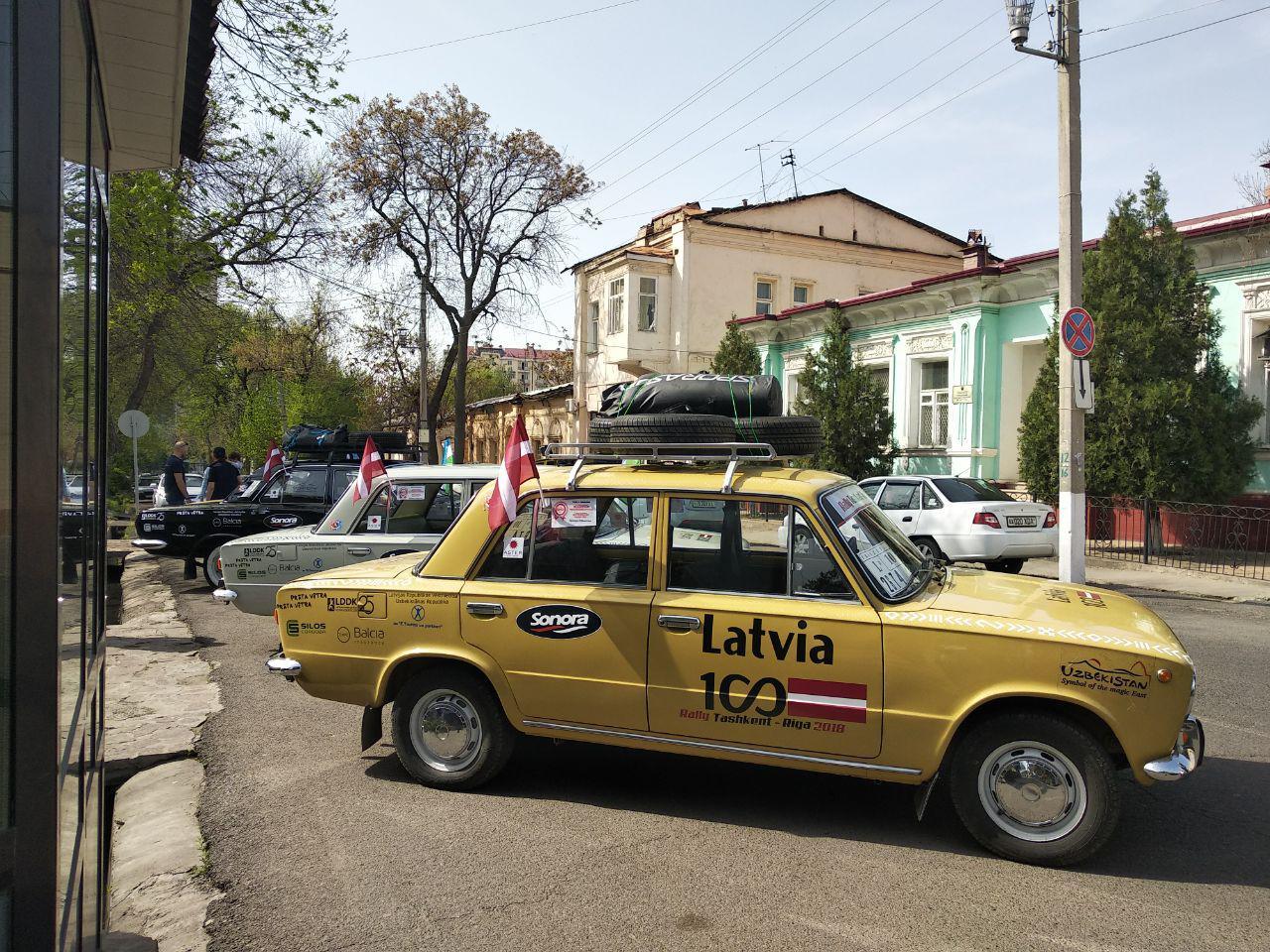 Стартовал автопробег Ташкент-Рига