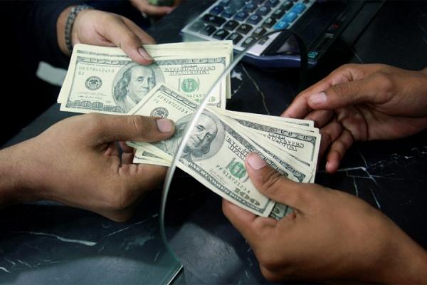 С апреля в Узбекистане начнется продажа наличной иностранной валюты
