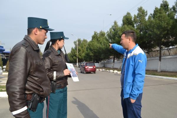 Сотрудники ГУВД Ташкента помогут потерявшему память мужчине вернуться домой в Россию