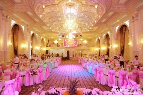 Туйханы взбунтовались: в столице уже началось искусственное завышение цен на проведение свадеб