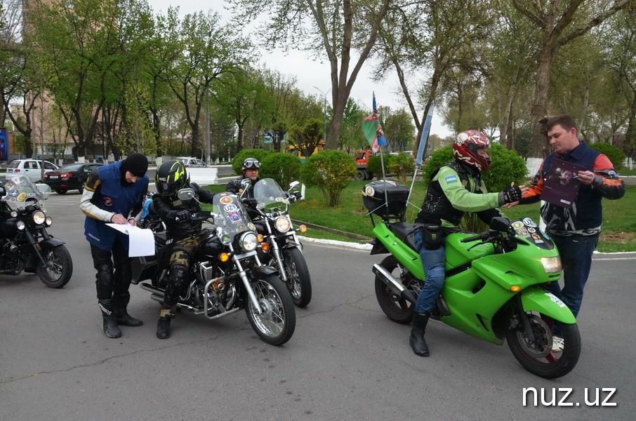 Бурлаки на асфальте, математик Улугбека и фееричное мотошоу – в Ташкенте стартовал мотосезон 2018