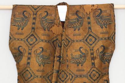 1000-летнюю рубаху из Согдианы выставили на аукционе Sotheby's за 700 тысяч долларов