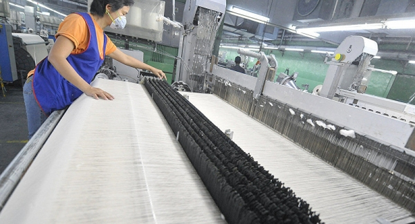 Ряд хлопкозаводов Узбекистана передается организаторам хлопково-текстильных производств