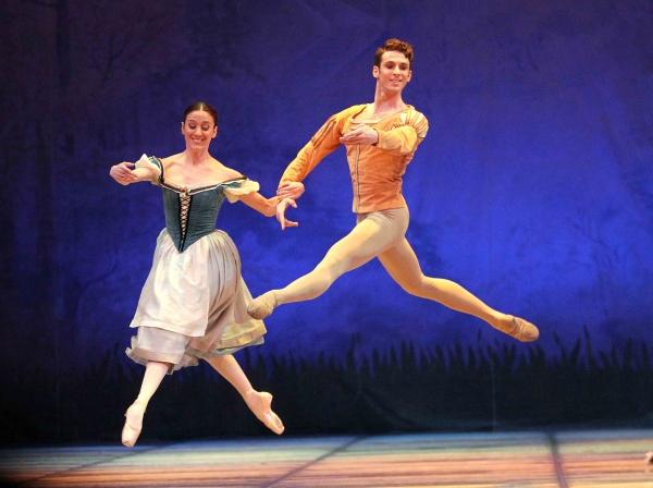 Выступление французской балетной труппы переносится: дворец «Истиклол» не смог обеспечить технические требования артистов