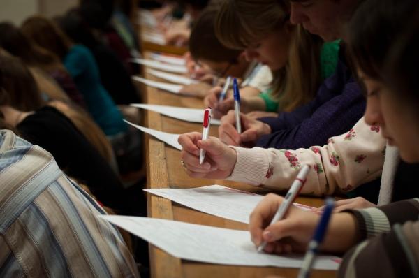 Открыта регистрация для участия в «Тотальном диктанте» в Ташкенте и Намангане