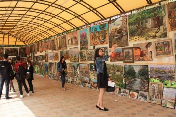 Традиционный Фестиваль изобразительного и прикладного искусства Узбекистана пройдет 17-21 апреля