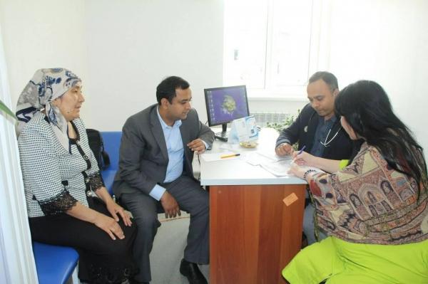 Специалисты из Индии провели бесплатное обследование более 400 человек в городах Узбекистана