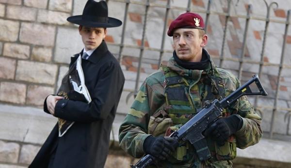 Le Temps: Можно ли еще носить кипу в Германии?
