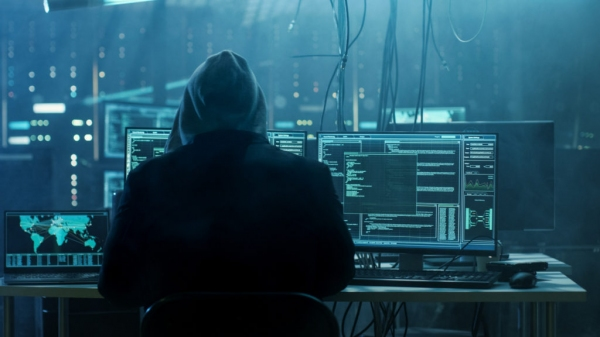 Хакер из Ташкента украл с чужих счетов 89 400 долларов