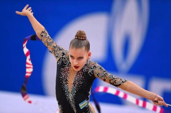 Впервые в истории: гимнастка Сабина Ташкенбаева завоевала серебряную медаль на этапе Кубка мира