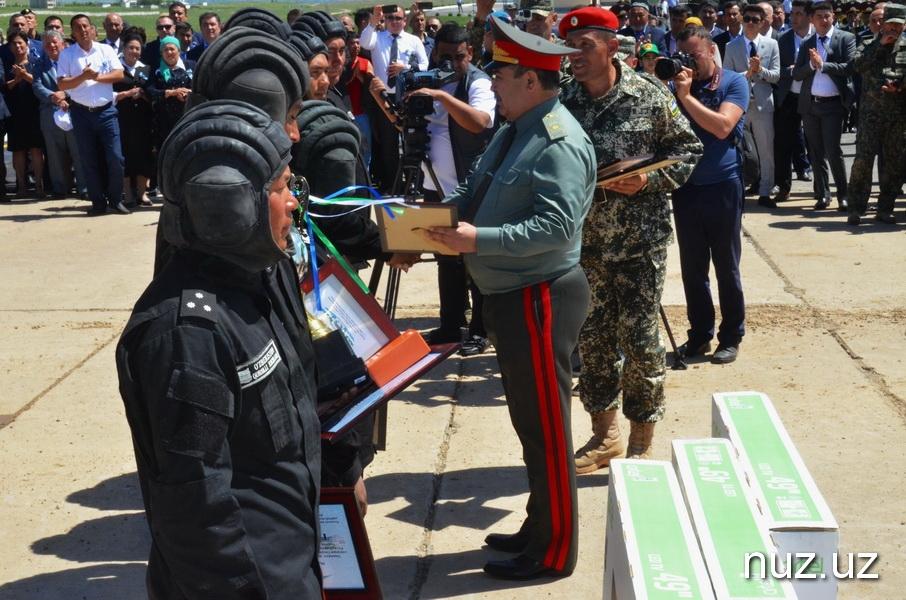 Танки грязи не боятся - впервые в истории Узбекистана состоялся танковый биатлон