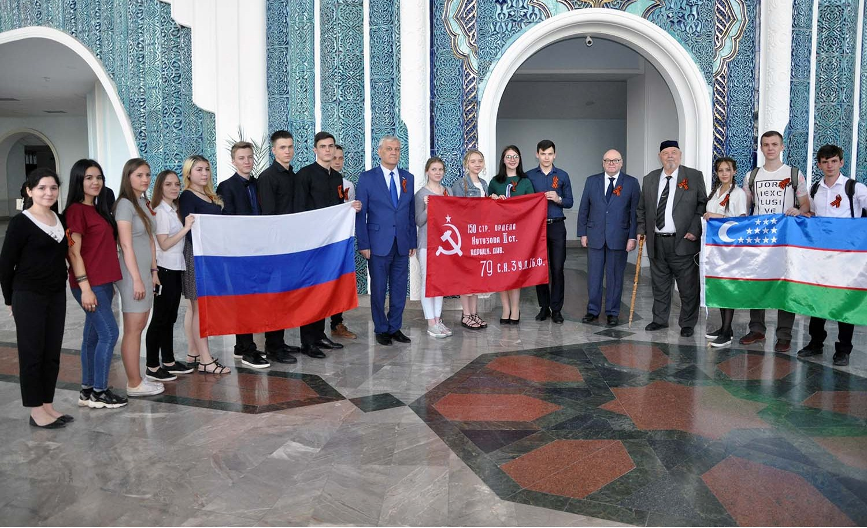 «Песни Великого подвига»: в Ташкенте прошел концерт, посвященный Дню Победы