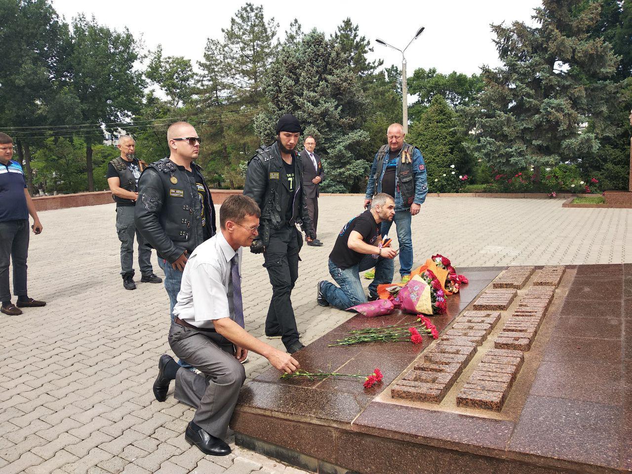 «Ночные волки» в Ташкенте: «Мы приехали почтить память павших в Великой Отечественной Войне»