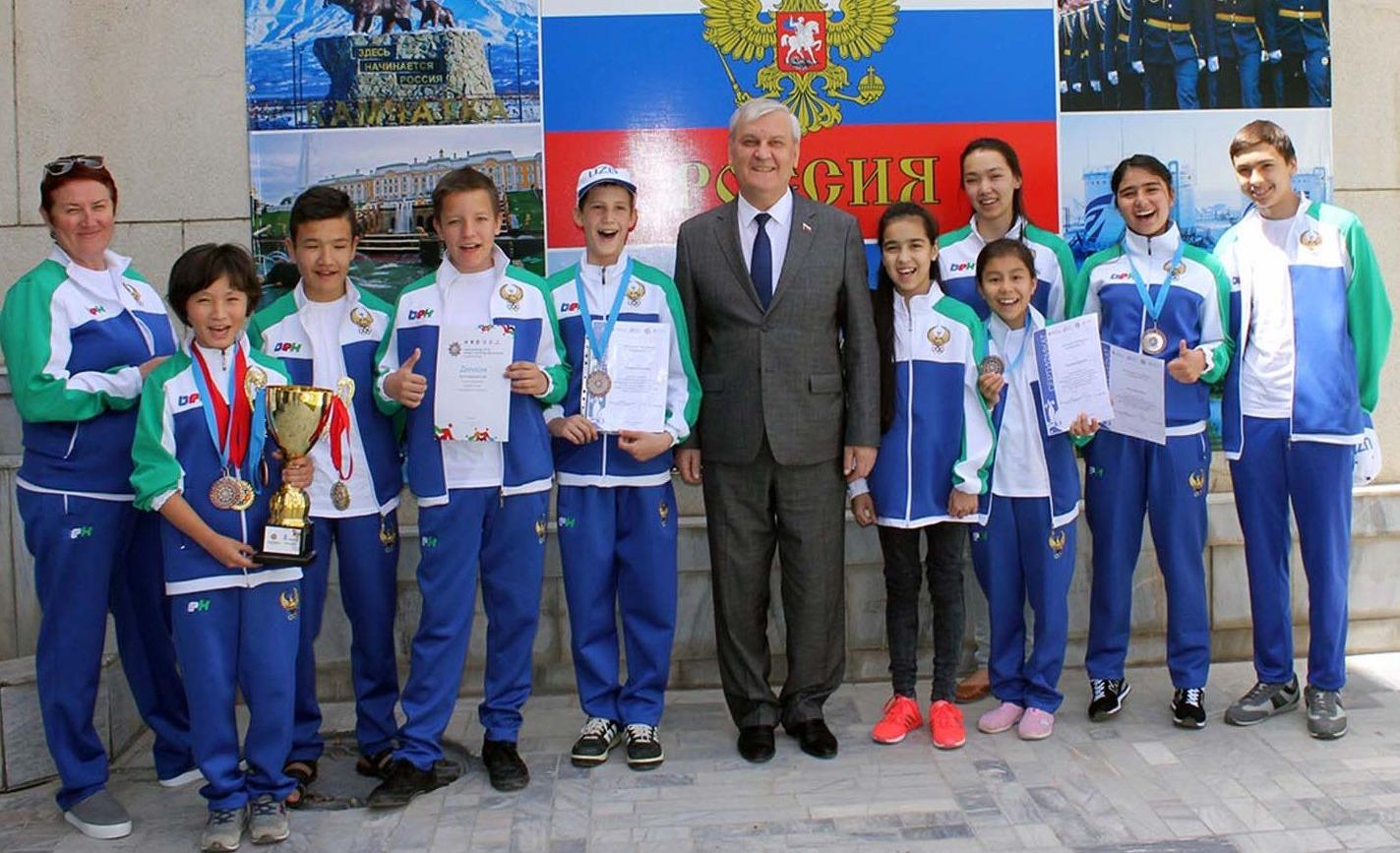 В Ташкенте прошла встреча с участниками IV Всемирных игр юных соотечественников