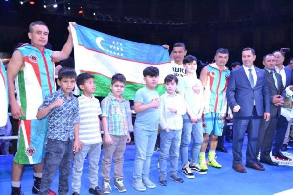 Азизбек Абдугафуров выиграл у Дмитрия Чудинова пояс WBC Silver
