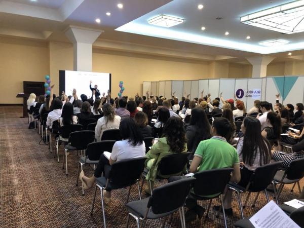 В Узбекистане стартовала онлайн-ярмарка вакансий «JobFairOnline»