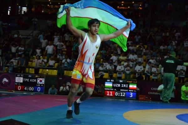 В первый день чемпионата Азии борцы-юниоры завоевали шесть медалей и лицензию на Олимпиаду