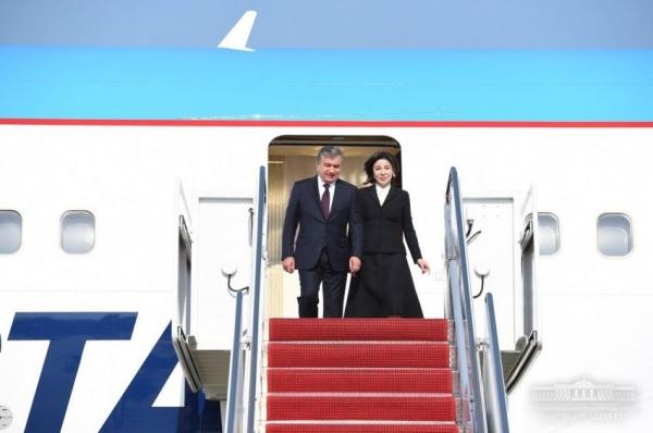 Президент Шавкат Мирзиёев прибыл в Вашингтон (фото/видео)