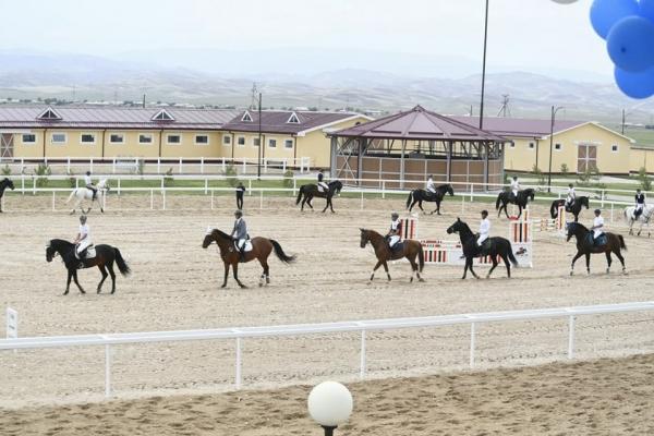 В Кашкадарье открылся уникальный коневодческий комплекс «Карабаир» (фото)