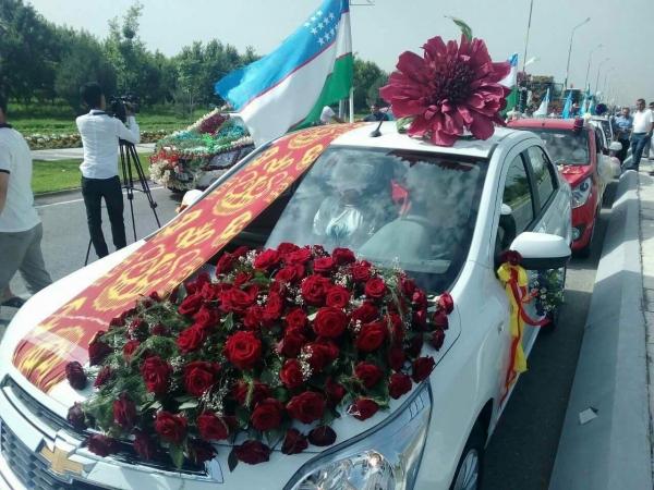 Стартовал фестиваль «Namangan Flowers-2018»