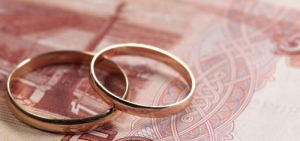 Борьба с фиктивными браками: миграционная служба России запретит иностранцам жить отдельно от супругов