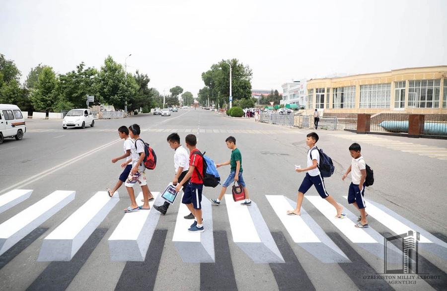 В Намангане появились пешеходные переходы в 3D-формате