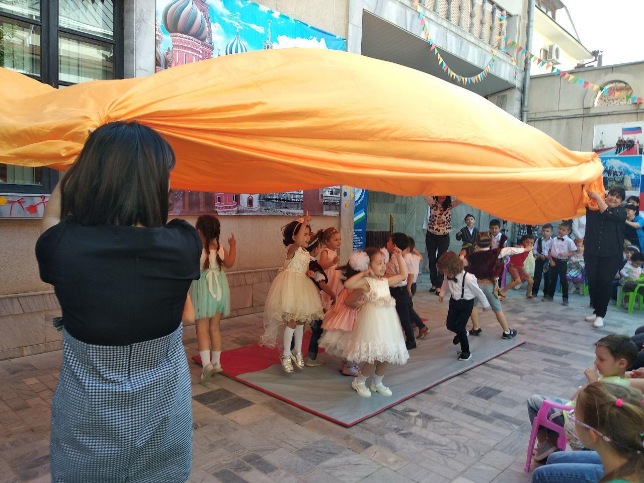 Берегите детство: в Российском центре науки и культуры отметили День защиты детей