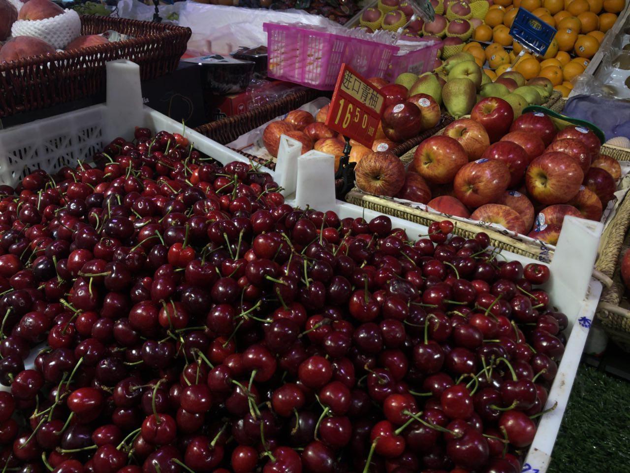 Первая партия узбекской черешни доставлена в КНР