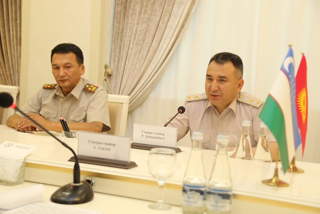 Военные Кыргызстана провели переговоры в Минобороны Узбекистана и подписали документы о сотрудничестве