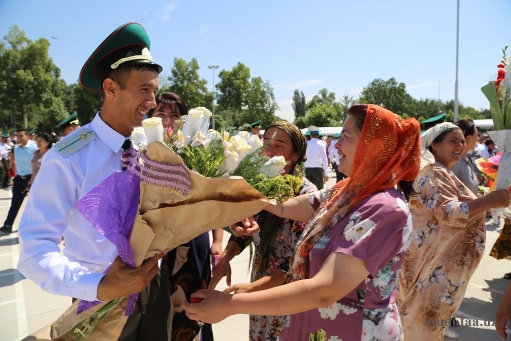 Полку офицеров прибыло: в Министерстве обороны прошли торжества, по случаю выпуска лейтенантов