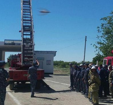 Во время пожарных учений в Каракалпакстане фотограф сделал снимок НЛО
