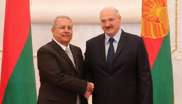 Лукашенко предложил Узбекистану строительство здания посольства в Минске