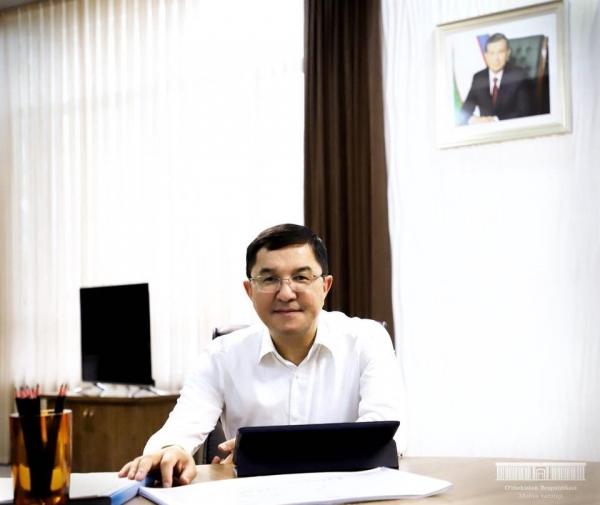 Вице-премьер, министр финансов Джамшид Кучкаров открыл страничку в Facebook