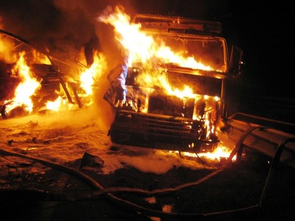 ДТП со смертельным исходом: грузовик сорвался с перевала Камчик
