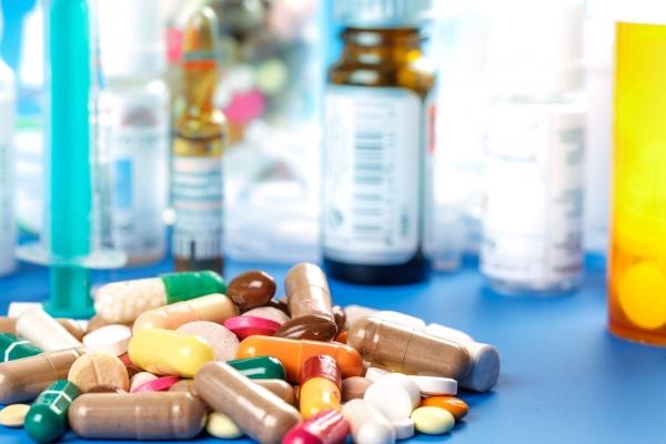 Лекарства, продаваемые через интернет, будут доставлять покупателям на специальных автомобилях