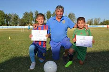 Братья-футболисты из Самаркандской области приглашены в футбольную школу «Реал Мадрида»