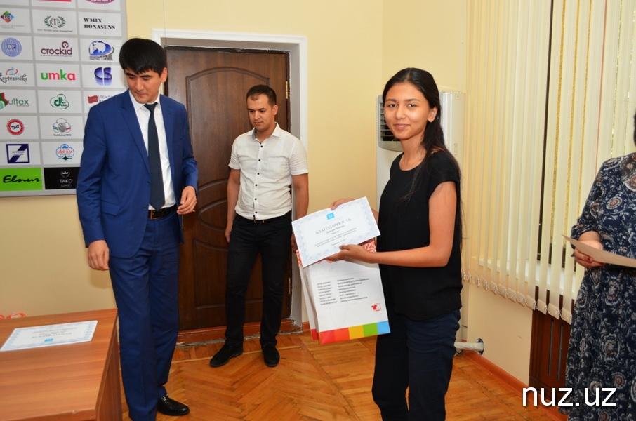Лучше поздно, чем никогда: «Узтекстильпром» поздравил  журналистов