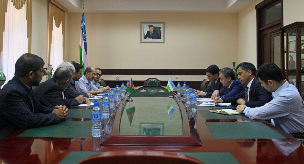 Узбекистан и Афганистан планируют установить режим свободной торговли
