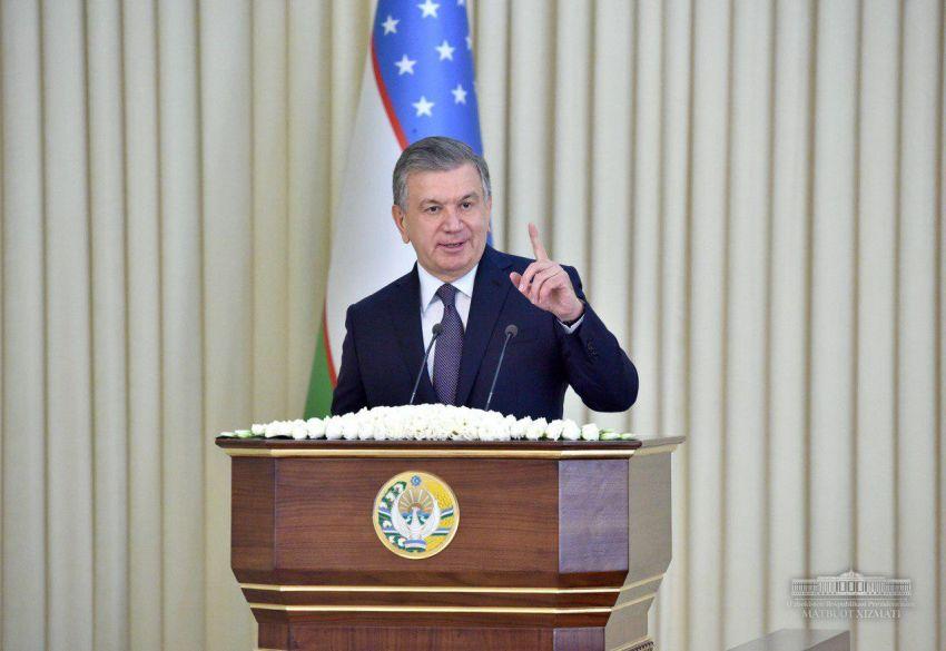 Шавкат Мирзиёев раскритиковал низкий уровень интеграции науки и производства в Узбекистане