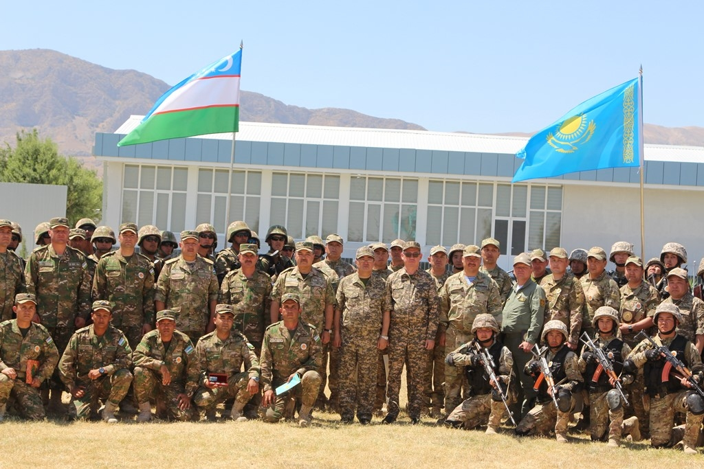Впервые войска Казахстана и Узбекистана провели совместные учения